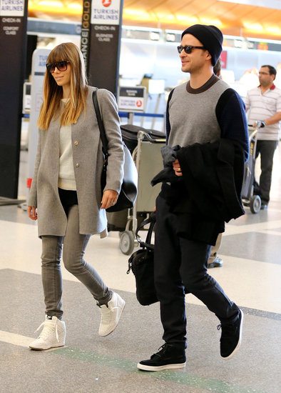 Airport fly is the best. Justin and Jessica travel in style.